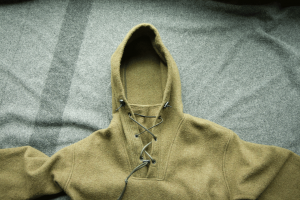 Lester River Bushcraft Boreal Shirt Gusseted Neck. Leave it open to ventilate, or shut it with the paracord cinch.