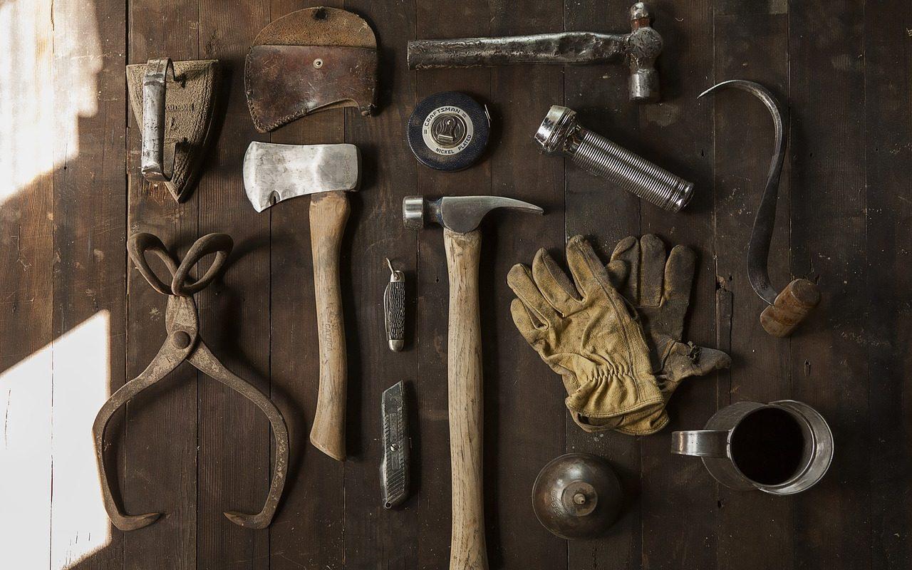 wood, tools, plyers-2628286.jpg